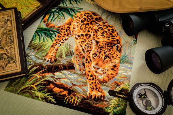 "Вышивка леопарда № 1549 """
