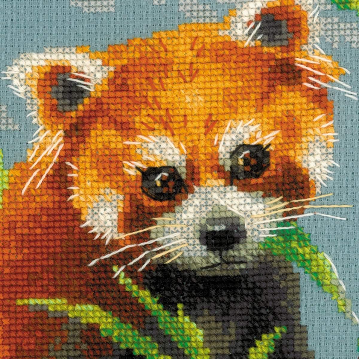 вышивка панды